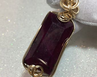 Ruby Pendant - Deep Red Pink - 14K Yellow Gold Filled - 91ct (3112g2)