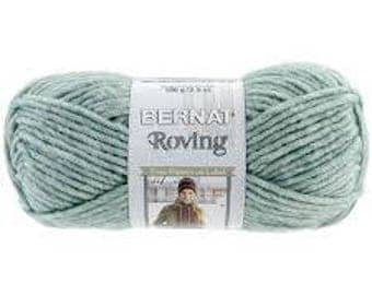 Bernat Roving (Multiple colors available)