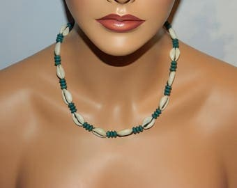 Native American made Shell Necklace