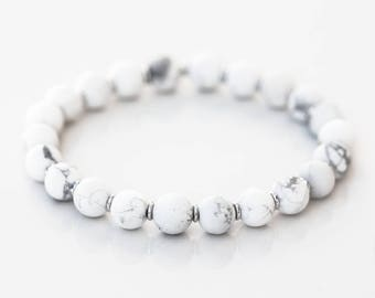 759_ Grey bracelet gift, Howlite bracelet, Silver gift bracelet, White bracelet gift, beads bracelet gift Unisex grey bracelet Gift bracelet