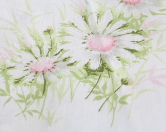 Pink Daisy Double Flat Sheet by Springmaid Wondercale