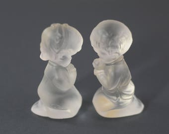 Fenton Glass Praying Children Kneeling Praying Boy Girl