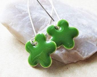 40% OFF Dangle Drop Earrings - Jungle Green Epoxy Enamel Flowers - Sterling Silver Plated over Brass (F-2)