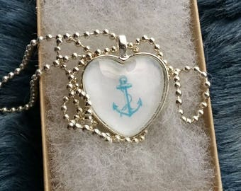 Pendant Necklace with Anchor