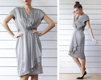 GUCCI vintage black white striped pure silk wrap style sleeveless summer knee length midi dress L