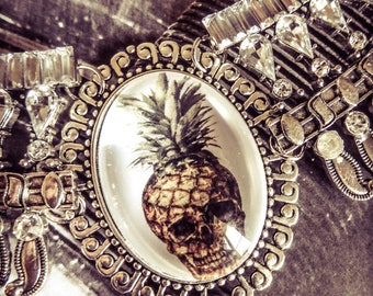 Steampunk summer ♰Skully Pineapple♰ cameo silver bib necklace