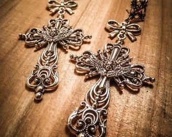 "Earrings silver goth bow ""Crucifix"""