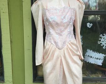 1980s Vintage Scott McClintock light peach part dress.
