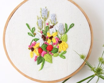 Wildflower Embroidery Wall Hanging, Crewel Embroidered Floral Design, Vintage Embroidery Hoop