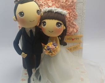 Cherry blossom wedding cake topper clay doll, sakura wedding color theme clay miniature, engagement decoration clay figure, clay ring holder