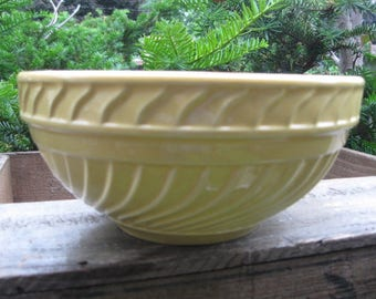 Vintage Nantucket Yellow Ribbed Bowl, 1960's, cottage chic, shabby styling, home decor, rosesandbutterflies