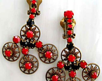 Juliana Earrings, Red Black Glass Stones Swing Drop Clipbacks, DeLizza & Elster D E Verified, Faceted Prongset Stones, Floral Brass Filigree