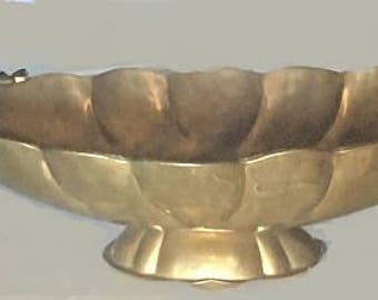 Vintage India Pedestal Brass Bowl, hammered brass centerpiece, decorative brass plant holder