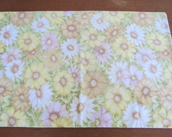 """Vintage Pillowcase - Muted Daisies - 32"""" x 20"""""""