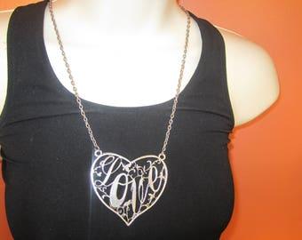 love pendant, pendant necklace,estate jewelry