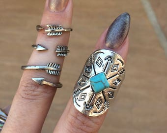 Arrow ring set- ring bundle with faux turquoise stone