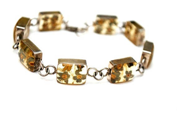 Sterling Link bracelet - Dried Yellow Flower in resin stone - Lucite bangle