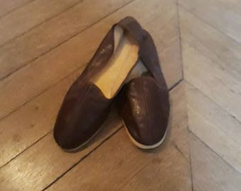 Vintage 50 Brown leather slippers