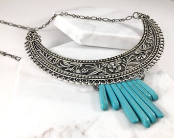 Metal Turquoise Necklace. Southwest Boho Style. Collar Style Bib Necklace. Western Jewelry. Gypsy Statement Necklace. Large Metal Necklace