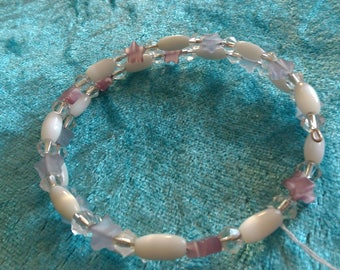 Memory wire Bracelet purple and white