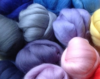 16 Soft Felting Wool, a COLOURFUL Collection, Soft Merino wool, Gift idea