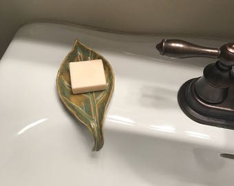 Green Leaf Self Draining Soap Dish