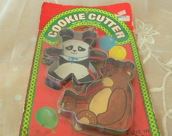 Summer Sale Vintage Teddy Bear and Panda Bear Cookie Cutters, In Unopened Package from the 1980s, Cookie Cutters, Baking Supplies