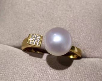 White freshwater pearl open ring with 14k gold fill setting and zircons- White pearl gold open ring- modern freshwater pearl open ring