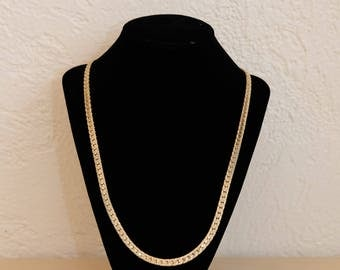 Vintage Gold Tone Textured Herringbone Chain Link Necklace