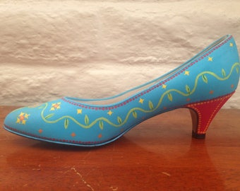 Handpainted Shoes - Upcycled Shoes - Women's Size 6 - Painted Heels - Colorful