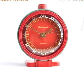 "ON SALE Soviet alarm clock ,Vintage alarm clock, WORKING Clock, Russian alarm clock ,Mechanical Clock, Green Grey Clock ""Jantar"""