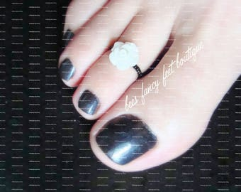 Toe Ring | Mini White Rose | Flower | Stretch Bead Toe Ring