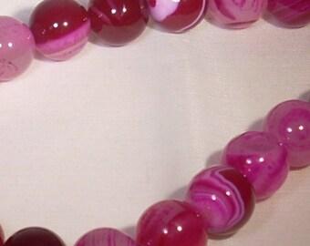 Set of 5 agate fuchsia 12mm round beads