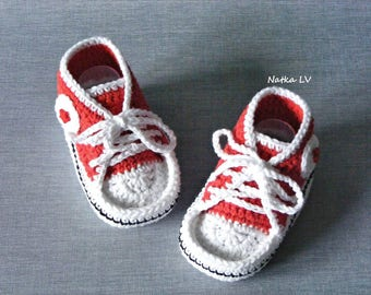 Baby crochet sneakers, red booties, baby crochet booties, baby summer shoes, red sneakers, baby foot wear, newborn baby girl booties