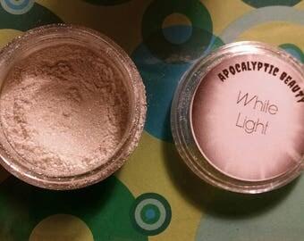 White Light - sparkling silvery white  vegan eyeshadow