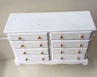 "Dollhouse Miniature 1"" White 8 Drawer Dresser (PT)"