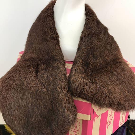 vintage fur scarf 1950s brown furry neckerchief evening scarf glam winter wedding guest bride bridesmaid 1940s goodwood revival