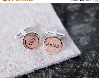 Personalised Monogram And Date Cufflinks - Vintage look Cufflinks - Gift for Groomsmen - Personalised Cufflink Set - Wooden Cufflinks