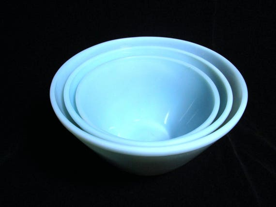 Fire King Mixing Bowls, Nesting Bowls, Blue Turquoise, Set of 3, Splash Proof, Excellent Condition,  Mid Century Kitchen