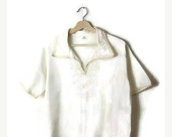 ON SALE Vintage White Cotton Short sleeve Tunic from 80's/hippies/boho*