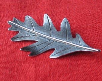Vintage Silver Oak Leaf Brooch
