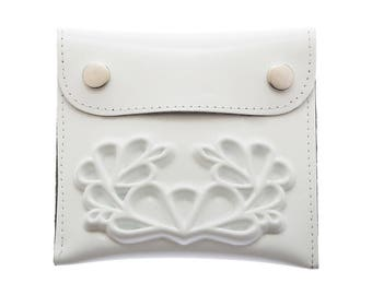 White chic coin wallet / vegan wallet / medusa wallet / a wallet insert / small change / a big difference / white wedding