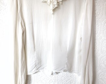 1940's Lace Detailed Blouse