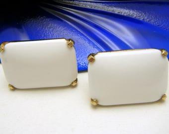 Vintage Signed Castlecliff Milk Glass Earrings White Gold Tone Clip Backs