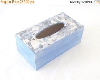 ON SALE Floral theme tissue kleenex box cover ,  decoupage tissue box , shabby chic tissue dispenser, bedroom decor