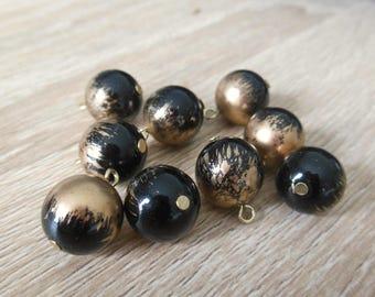 set of 9 round acrylic beads
