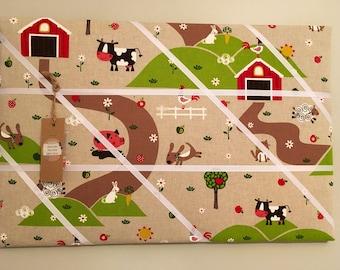 Farmyard print memory board