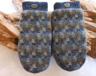 Wool sweater mittens lined with fleece with Lake Superior rock buttons in blue and brown, Christmas, coworker gift, birthday, winter travel