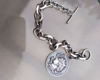 french vintage silver toggle clasp bracelet Paris France roma antique medal link Metal silver bracelet