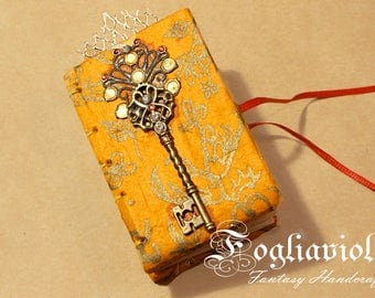 Junk Journal Key book Queen diary scroll Magic Orange Tiny Notebook romantic note carnet Enchanted write idea mini gift for her handmade